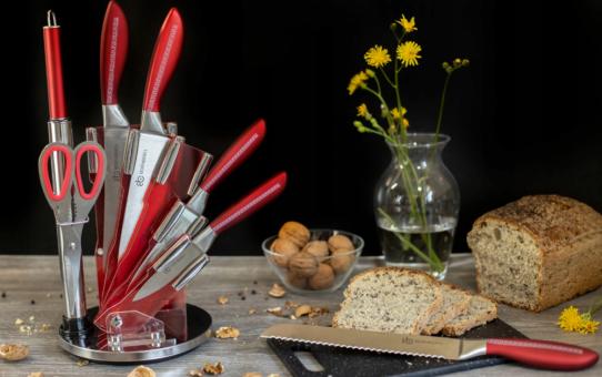 Komplet nowoczesnych noży kuchennych